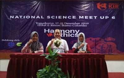 Siswa SMA Negeri 1 Manggar Ikut Serta dalam Ajang National Science Meet Up 6