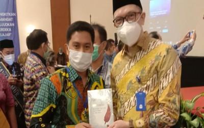 Kado Indah di Hari Guru Nasional, Ares Persembahkan Juara Nasional untuk Negeri Laskar Pelangi