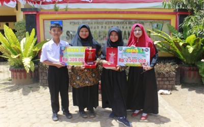 Siswa SMAN 1 Manggar Juara I Lomba Menulis Cerita Rakyat dan Juara III Lomba Pidato